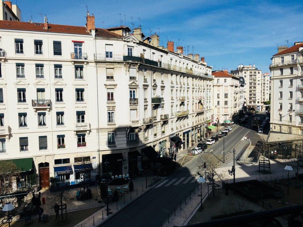 Appartement t6 a louer lyon 6eme arrondissement229 24 m2 for Location appartement par