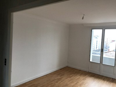 APPARTEMENT T3 A LOUER - VILLEURBANNE - 52 m2 - 645 € charges comprises par mois
