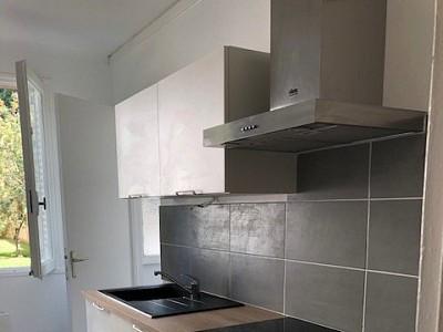 APPARTEMENT T4 A LOUER - VILLEURBANNE - 66,95 m2 - 896 € charges comprises par mois