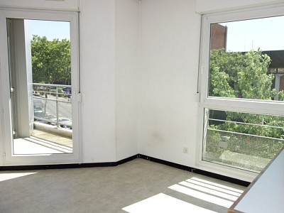 STUDIO A LOUER - LYON 8EME ARRONDISSEMENT - 19,28 m2 - 475 € charges comprises par mois
