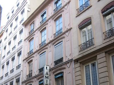 STUDIO A LOUER - LYON 2EME ARRONDISSEMENT CORDELIERS - 19,45 m2 - 470 € charges comprises par mois