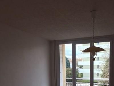 APPARTEMENT T3 A LOUER - CALUIRE ET CUIRE - 58,7 m2 - 740 € charges comprises par mois