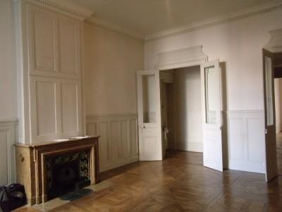 APPARTEMENT T5 A LOUER - LYON 2EME ARRONDISSEMENT - 219,84 m2 - 2150 € charges comprises par mois