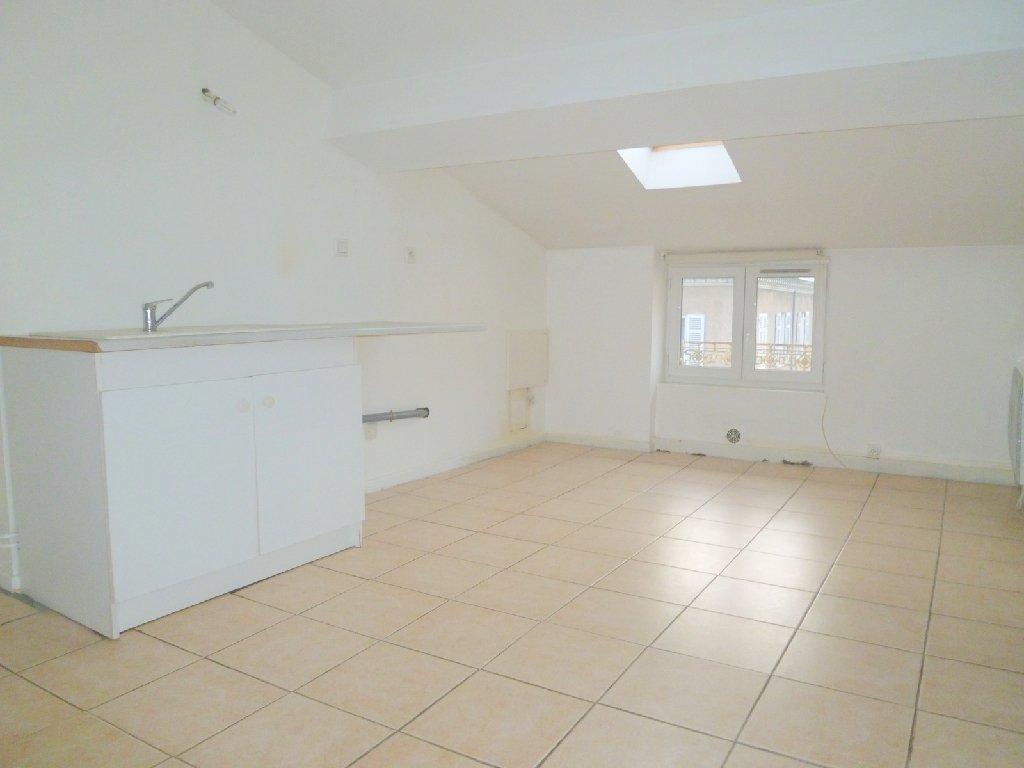 Appartement t1 villefranche sur saone34 32 m2 lou - Location garage villefranche sur saone ...