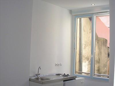 STUDIO A LOUER - LYON 5EME ARRONDISSEMENT VIEUX LYON - 15,72 m2 - 420 € charges comprises par mois