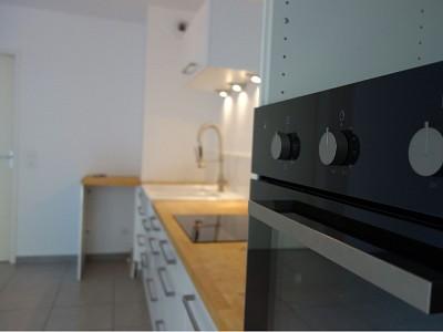 APPARTEMENT T3 A LOUER - ST PRIEST - 63,62 m2 - 861 € charges comprises par mois