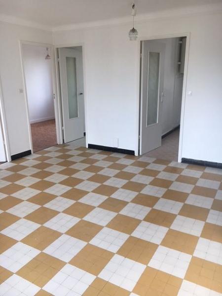 Appartement t3 a louer venissieux55 35 m2 620 charges for Location appartement par