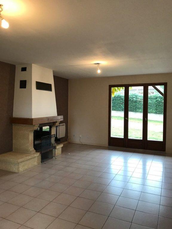MAISON A LOUER - LENTILLY - 75,7 m2 - 1130 € charges comprises par mois