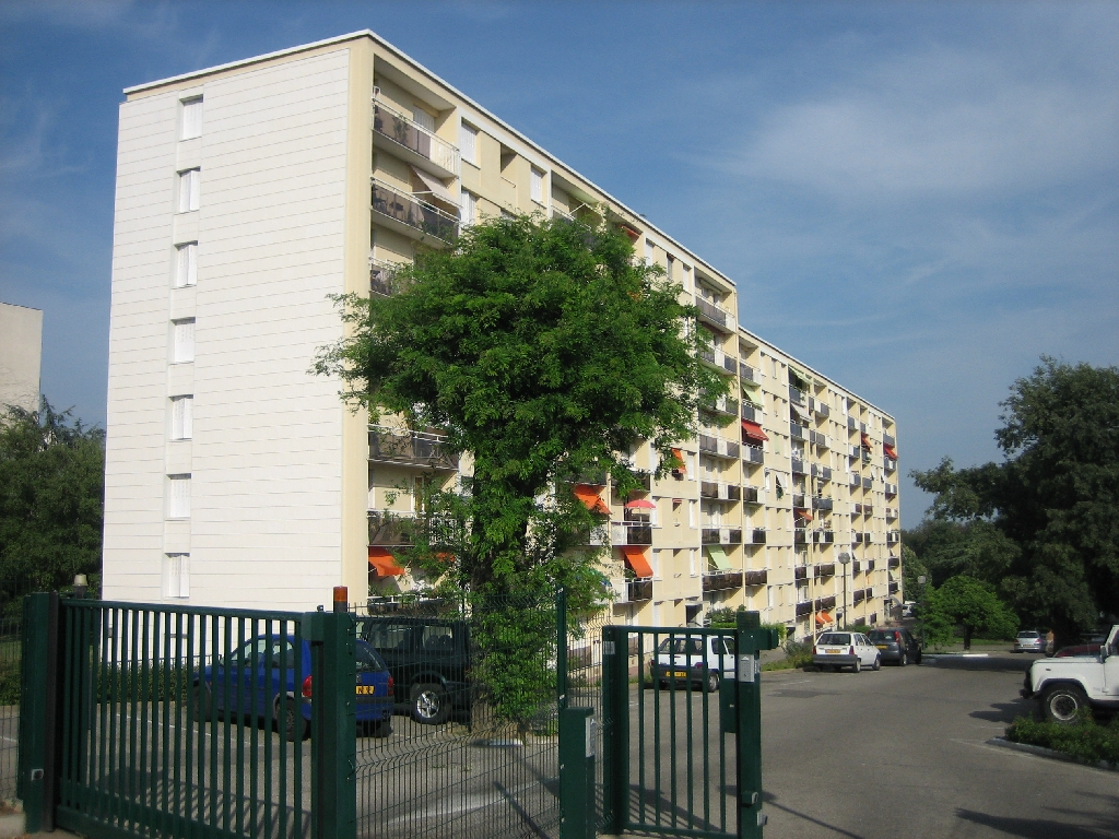 APPARTEMENT T2 - CALUIRE ET CUIRE - 40,21 m2 - LOUÉ