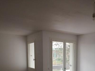 APPARTEMENT T2 A LOUER -  - 52,17 m2 - 618 € charges comprises par mois