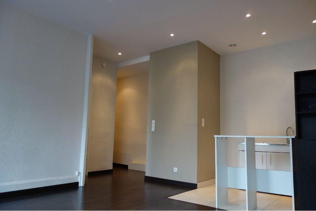 APPARTEMENT T2 - LYON 6EME ARRONDISSEMENT - 48,46 m2 - LOUÉ