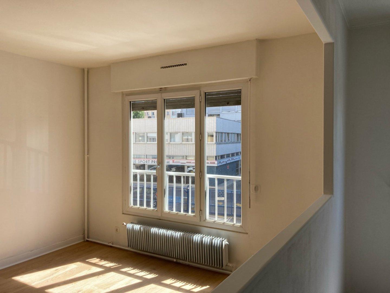 APPARTEMENT T2 A LOUER - LYON 7EME ARRONDISSEMENT - 49,16 m2 - 785 € charges comprises par mois