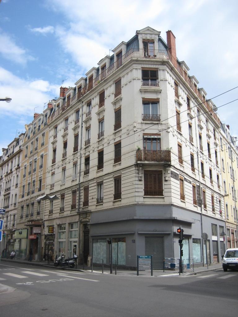 APPARTEMENT T2 - VILLEURBANNE - 26,51 m2 - LOUÉ