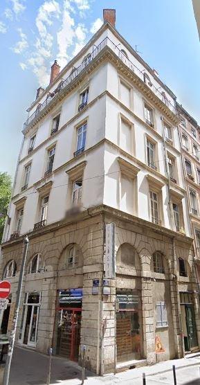 APPARTEMENT T3 A LOUER - LYON 1ER ARRONDISSEMENT - 78 m2 - 930 € charges comprises par mois