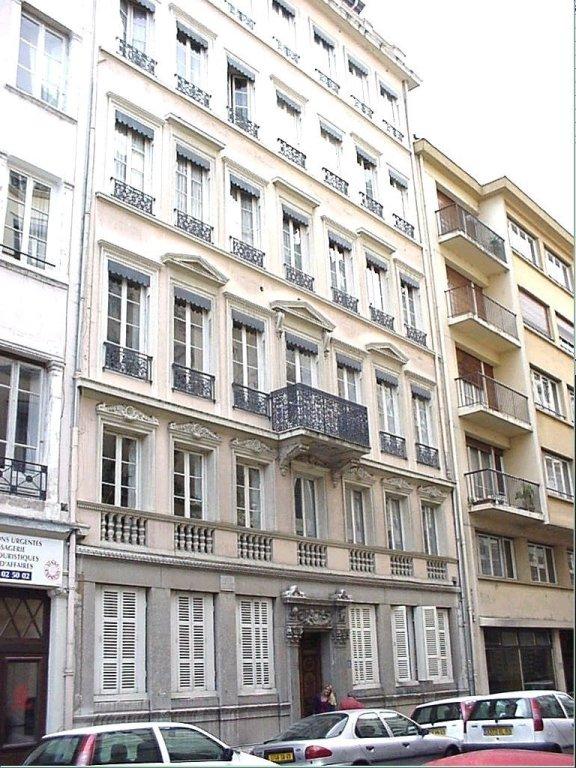 APPARTEMENT T3 A LOUER - LYON 2EME ARRONDISSEMENT AINAY - 67,08 m2 - 859 € charges comprises par mois