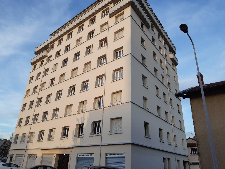 APPARTEMENT T3 - LYON 8EME ARRONDISSEMENT - 78,51 m2 - LOUÉ