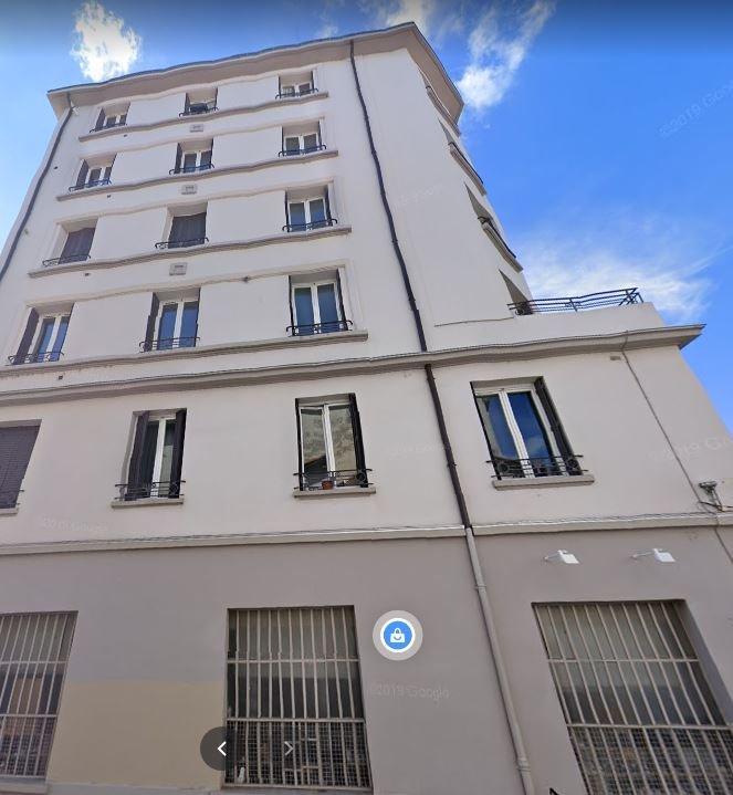 APPARTEMENT T4 A LOUER - LYON 8EME ARRONDISSEMENT - 84,94 m2 - 1080 € charges comprises par mois