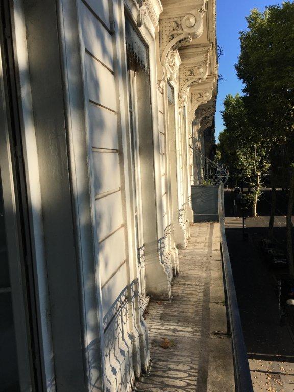 APPARTEMENT T5 A LOUER - LYON 6EME ARRONDISSEMENT - 122,67 m2 - 2270 € charges comprises par mois
